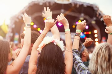 Festivalue – how to enjoy a summer festival without spending too much